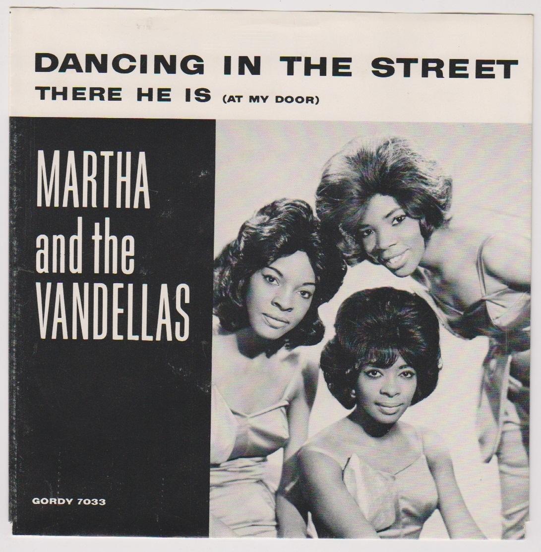 Martha And The Vandellas Live